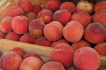 Peaches in the market